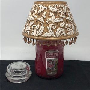 22 oz. Yankee Candle Red Raspberry & Jar Shade